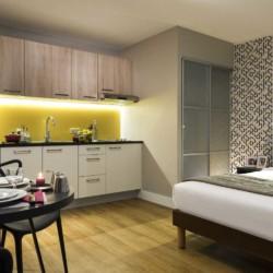 Apparthotel Citadines Tour Eiffel Paris 15e (chambre et coin cuisine)